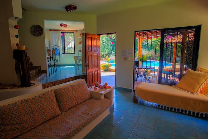 Casa Lily 1 - Two bedroom apartment Playa Zicatela