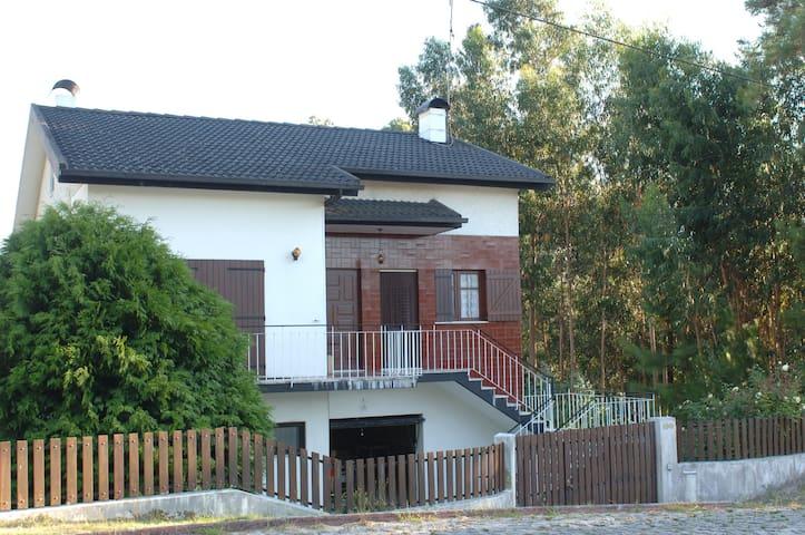 Maison de vacances à PERRE (Viana) - Serreleis - Hus