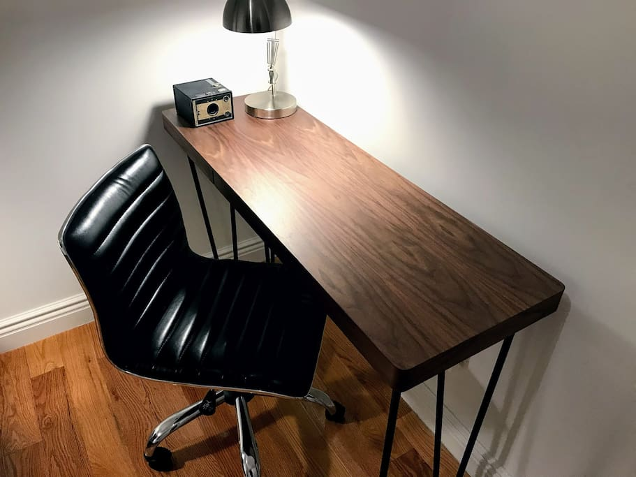 Twin room desk