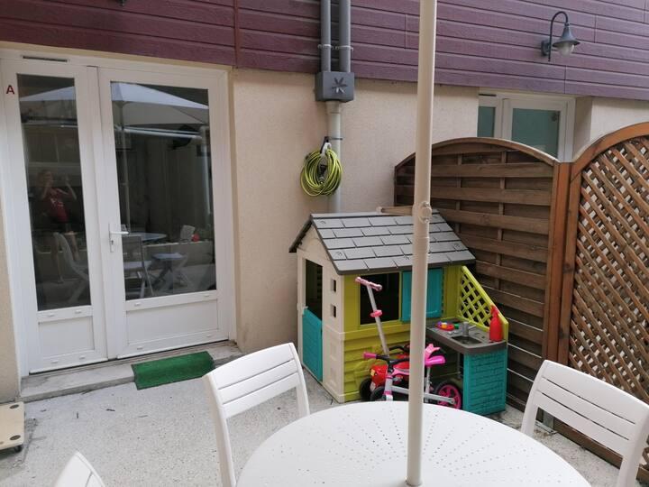 Adorable maison terrasse plein sud centre ville