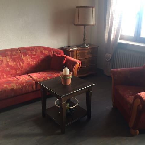Gemütliches Zimmer in ruhiger Südhanglage