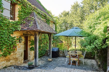 Truffle, an old stone cottage full of rustic charm