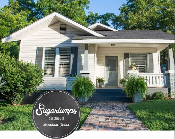 Sugarlumps Guesthouse - a story behind the name