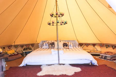 Luxurious bell tent, dream location, Sea views. - St Ives