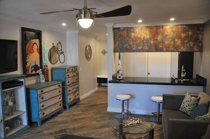 **THE BEACH SUITE** Cool and Modern - Hermosa Beach - Apartamento