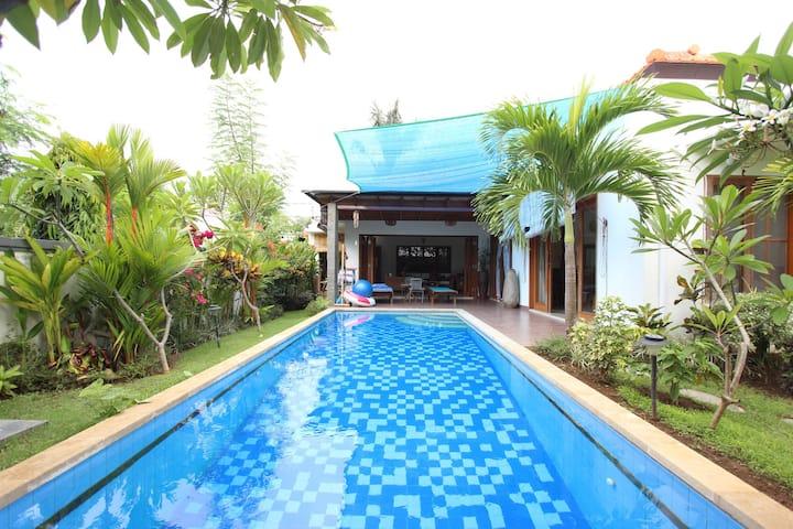 Artsun Pool Villa