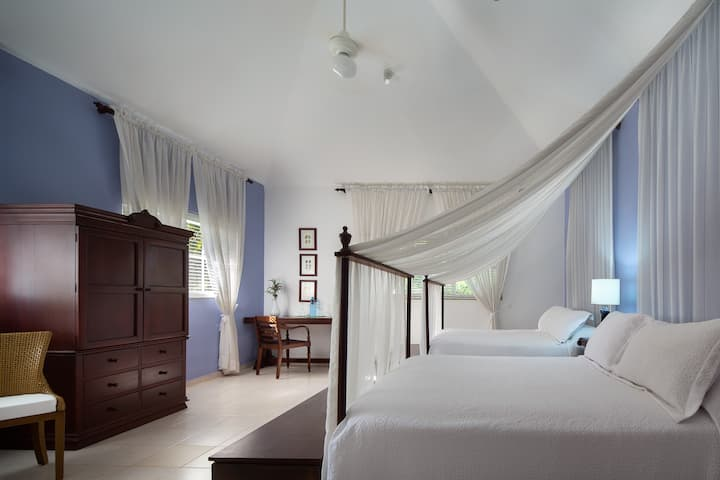 Romantic Premium Family Suite  1 bnb