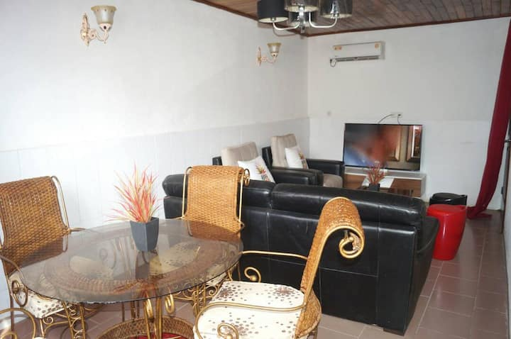 Studio meublé : Vacances Douala