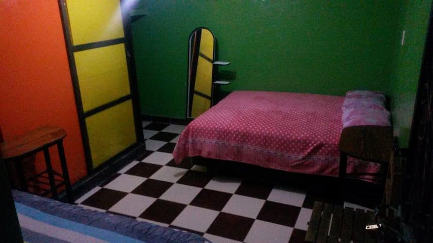 habitaciones con baño privado - Uyuni - Hostel