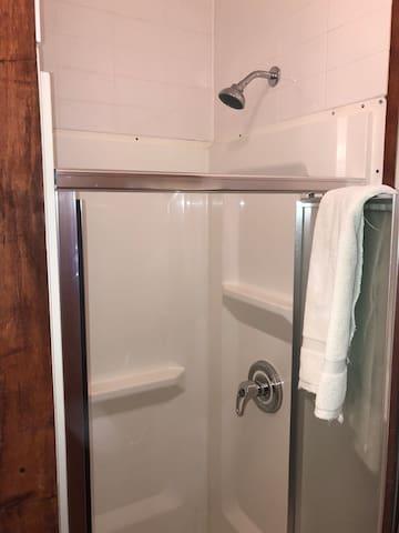 Union Square Private Double & Single Bed w/ Shower