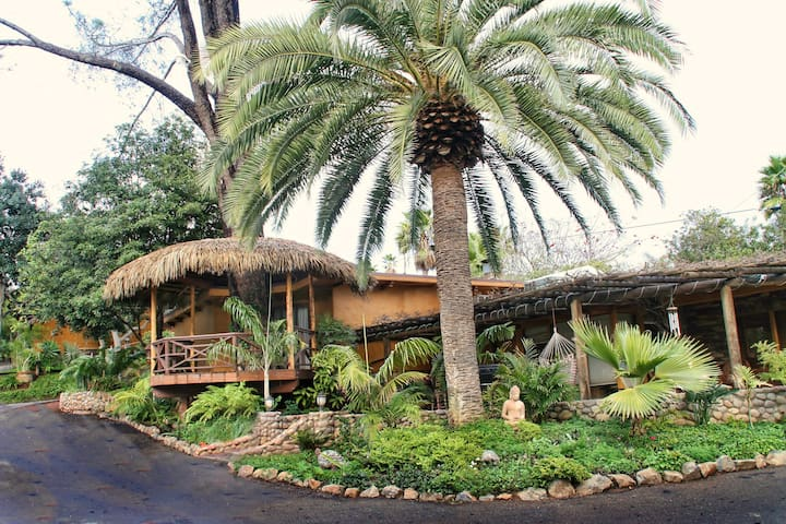 Country Oasis, 30min.from San Diego, 2BDRM APT. - Escondido - Apartment