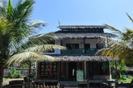 La Casa de Flor - Guest House en Montañita - Montanita - Casa