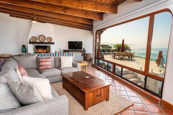 Casa Serena 5 Bedroom Oceanfront Beach House