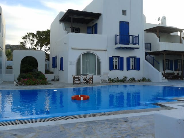 Beach House with swimming pool up to 7 people - Mikonos - House