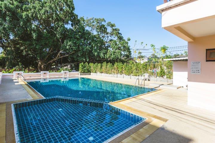 Phuket Chalong Banyan Villa Room 2