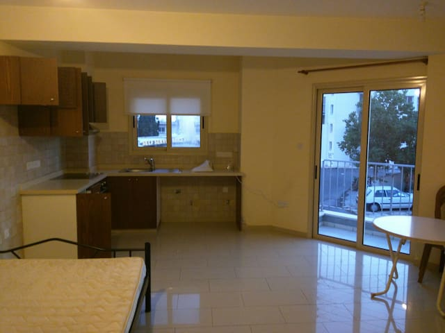 Studio in Pafos city center - Paphos - Wohnung