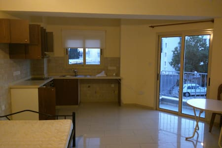 Studio in Pafos city center - Pafos