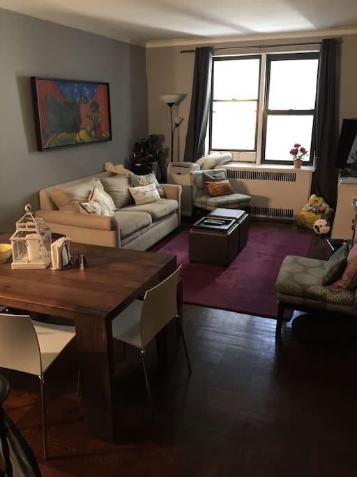 Huge open living room dinning room