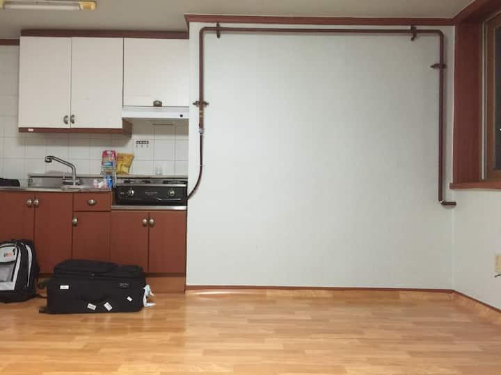 Room Available Near Downtown Seoul