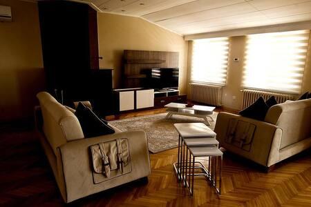 Gökgöz konuk evi (Beşiktaş) - Beşiktaş