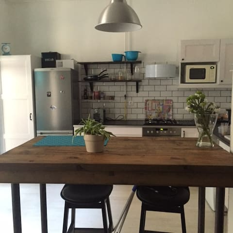 Trendy & friendly apartment close to Margit-sziget - Boedapest - Appartement