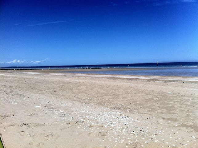 Nice Flat 50m Beach and Center - WIFI - - Cabourg - Appartement