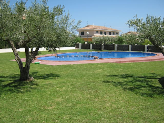 House for rent near the beach - L'Ampolla - Dom