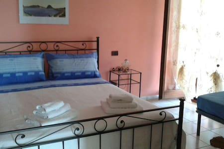 Camera tripla in accogliente B&B - Cupello - Bed & Breakfast