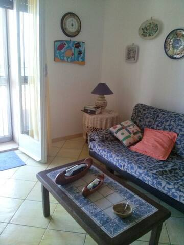 Salotto e divano-letto