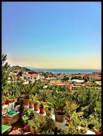 Quaint apartment / Stunning view - Monte di Procida - Apartment