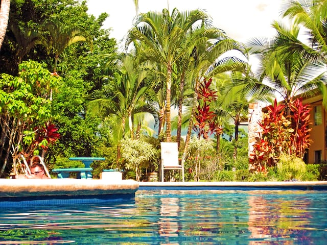 #108 - 2 Bedroom Condo Resort, Secluded, Gorgeous - Quepos - Flat