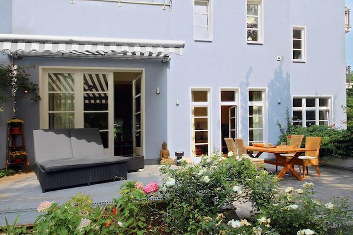 Perfect dream of a villa in Cologne - Köln - Villa