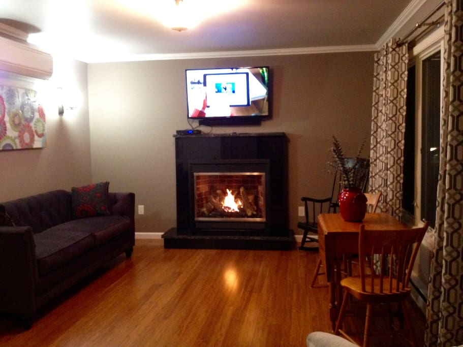 cozy propane fireplace for those chilly nights-relax after a day of skiing!