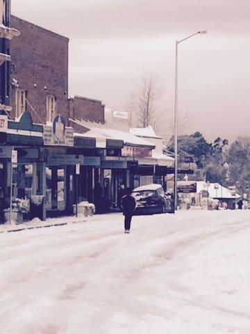 Blackheath Village in the snow! (August 2015)
