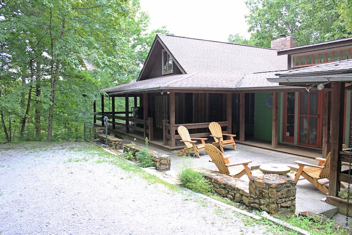 Fork Inn LakeTrail House- East Wing