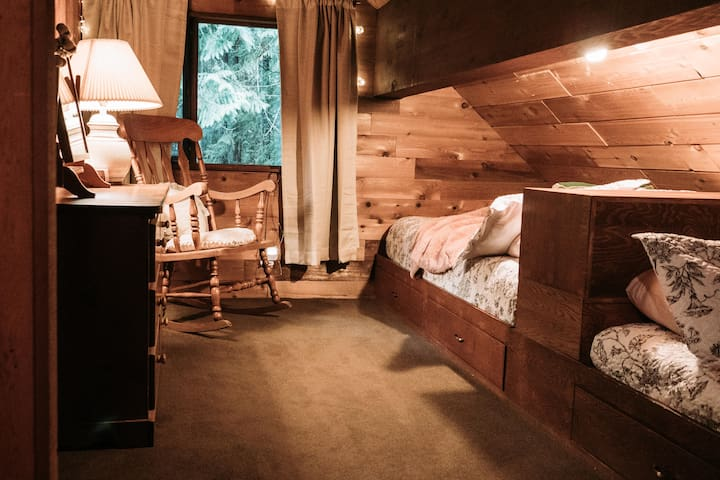 Loft bedroom #2 with a queen and a double bed.