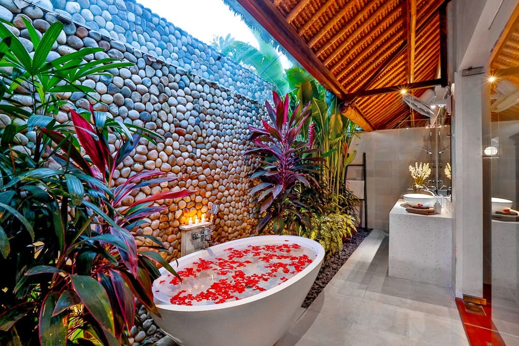 Stunning ensuite bathroom