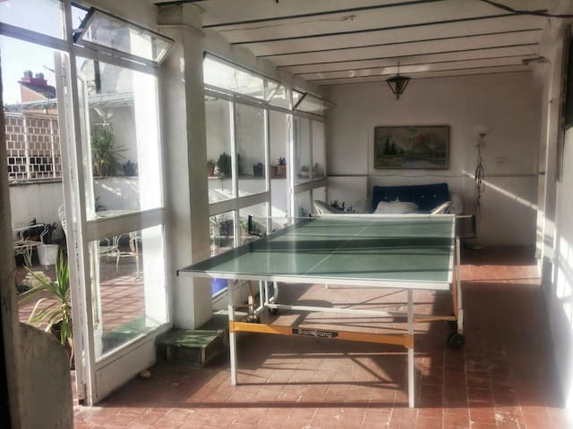 Estudio y gran terraza en el centro - Madrid - Appartamento