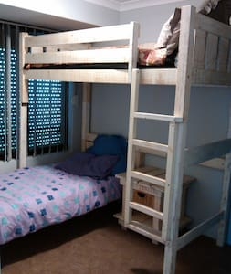 Bunk bed room - Clarkson