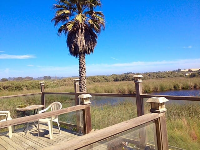 Beach Getaway, Pet friendly, Private deck - Oceano - Dom