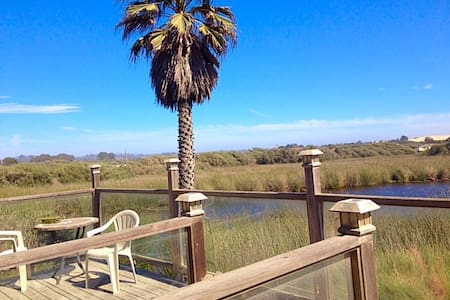Beach Getaway, Pet friendly, Private deck - Oceano - Hus