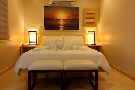 Shore Time Hotel - Deluxe Room - Malay