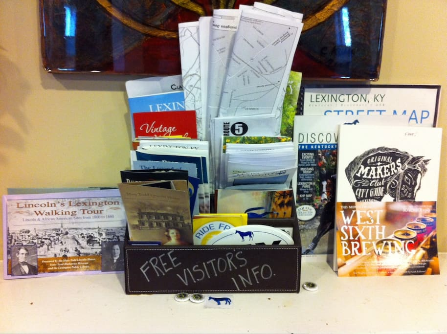 Free Visitors' info with maps, pamphlets, postcards, stickers, attractions...