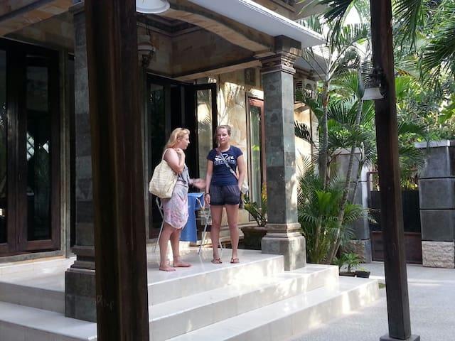 The khayangan resort - Singaraja  - House