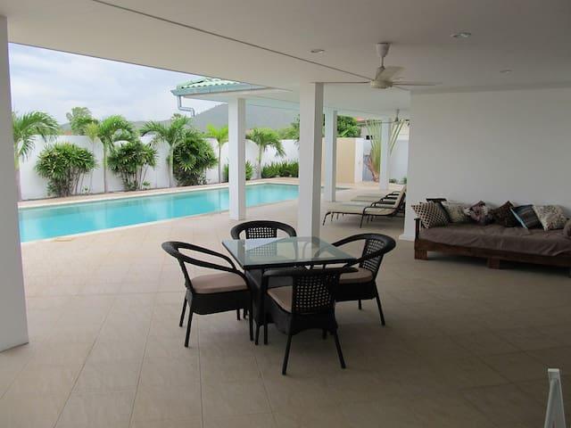 Home Beach Pool Villa - Tambon Sam Roi Yot - Vila