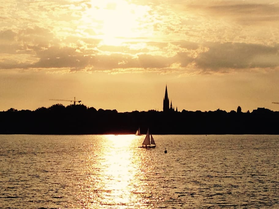 Sunset at the Alster, just 10 walking minutes away