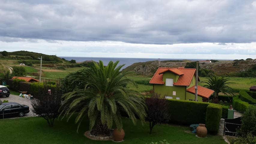 Flat in the north coast of Spain - Prellezo - Huoneisto