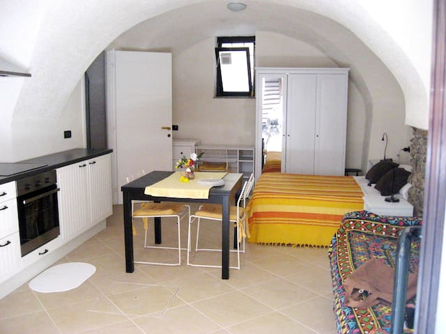 Studio town center 30 m from sea - Riva Ligure - Lägenhet