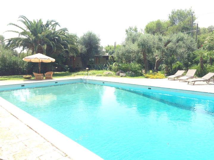 Studio with pool and kitchen - Lecce