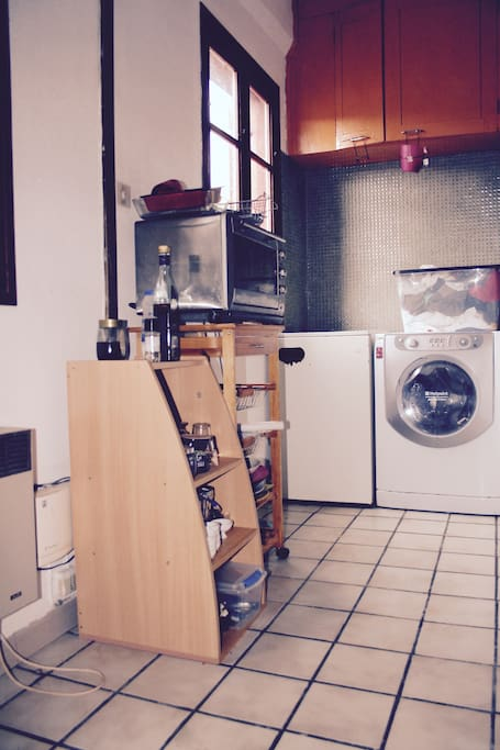 Machine à laver et four traditionnel et à vapeur / Washing-machine and traditionnal & steam oven